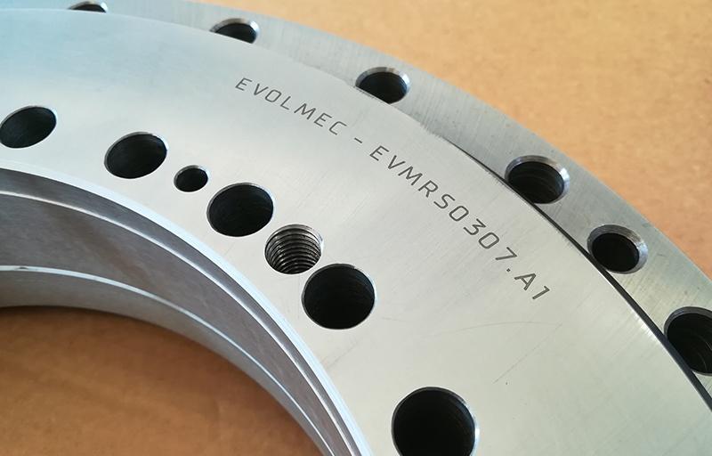 Evolmec S.r.l. - Cuscinetti speciali - Servizio di marcatura laser