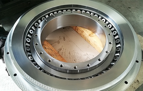 Special design system with EVXR crossed roller bearing
